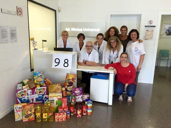 Mutua Universal lucha contra el hambre recogiendo más de tres toneladas y media de alimentos