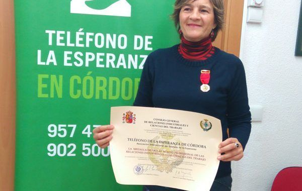 El Teléfono de la Esperanza de Córdoba recibe la Medalla de Oro del CGRICT