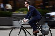 Los altos ejecutivos de Uruguay también eligen pedalear hasta el trabajo