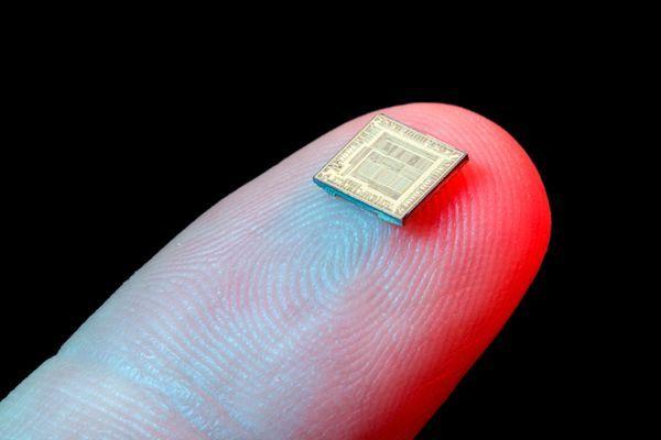 Implantan chip a los empleados para controlarlos ¿que opináis?