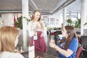 Ford Fund premia un proyecto de cafetería pop-up con camareros sordos ideado por estudiantes