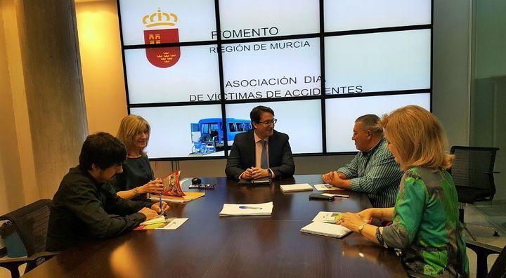Asociación DIA se reúne con el Gobierno de Murcia para trabajar de manera conjunta la prevención de accidentes y la concienciación vial