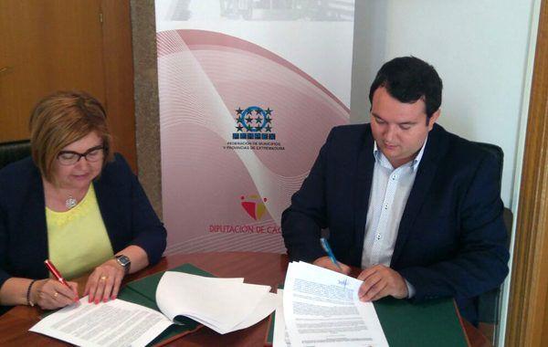 FEMPEX y la Diputación de Cáceres firman un convenio de prevencion de riesgos laborales