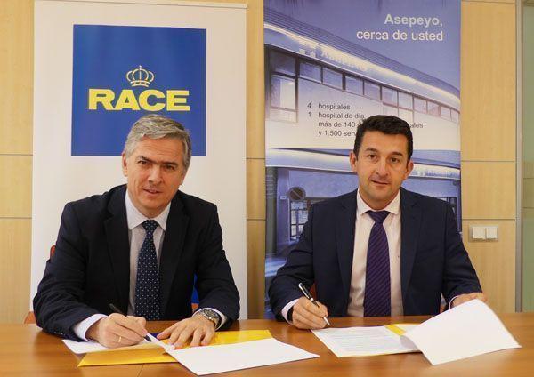 Asepeyo y el RACE firman un acuerdo para mejorar la Seguridad Vial en el entorno laboral