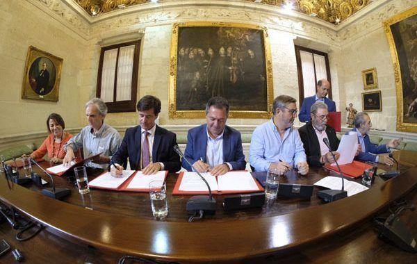 Acuerdo contra la siniestralidad laboral en Sevilla