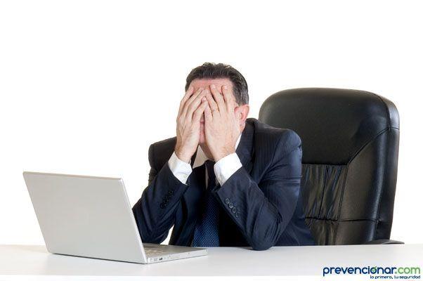 Las empresas rebajan su compromiso con la salud y seguridad en el trabajo