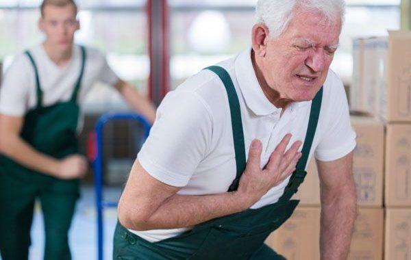 ¿Qué puedo hacer para evitar un infarto o un accidente vascular cerebral?