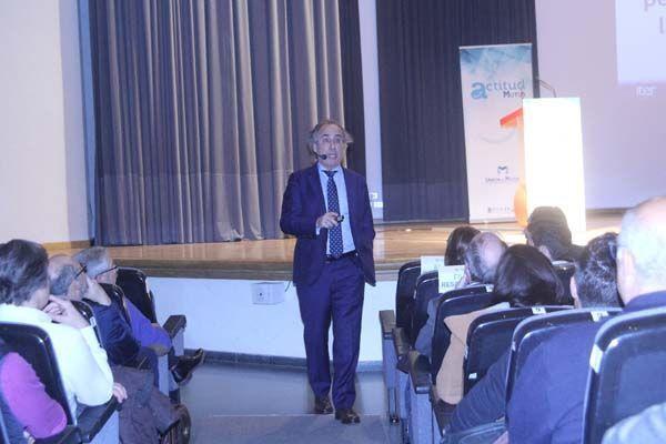 Emilio Duró invita a los empresarios a trabajar el éxito a través de las emociones