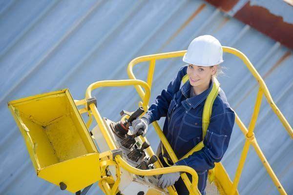 Manual de manejo y uso seguro de las Plataformas Elevadoras Móviles de Personas (PEMP)