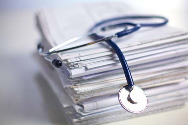 El Supremo fija cuándo es obligatorio el reconocimiento médico de la empresa
