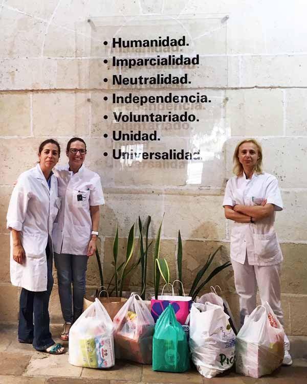 La campaña solidaria de Mutua Universal dona dos toneladas de ayuda a los bancos de alimentos