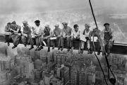 Almuerzo sobre un rascacielos ¿conoces su historia?