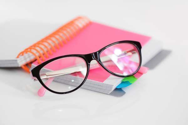 5 Consejos para mantener una buena salud visual en el trabajo