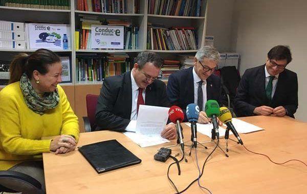 La Universidad de Oviedo y el Principado de Asturias renuevan su compromiso para mantener la cátedra sobre PRL