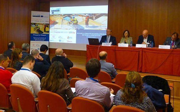 Valora Prevención y el Instituto de Investigación IDOCAL (Universidad de Valencia) celebran una jornada para mejorar la formación en seguridad en el sector de la construcción