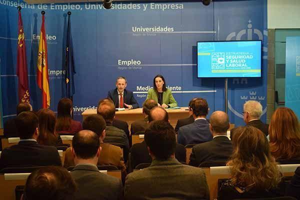 Murciapresenta su 'Estrategia de Salud y Seguridad Laboral 2019-2022' con la meta de reducir un 15% la siniestralidad