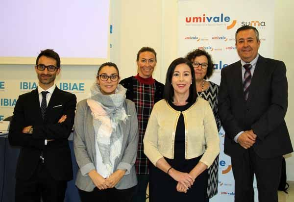 umivale despeja dudas en Alicante sobre la prestación de riesgos laborales durante el embarazo