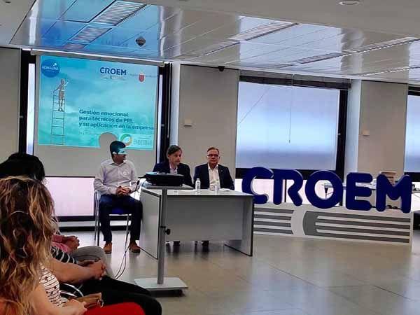 CROEM forma a responsables de prevención de riesgos laborales de las empresas murcianas en gestión emocional
