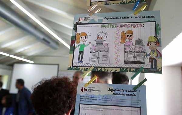 La Xunta premia los mejores trabajos escolares sobre prevención de riesgos laborales