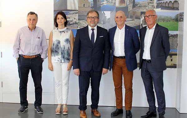 El presidente de la Diputación de Castellón, José Martí, visita el hospital de Unión de Mutuas y destaca que es una referencia nacional en el sector