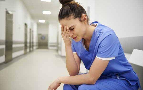 Intervenciones en enfermería para prevenir el estrés en la unidad de cuidados intensivos