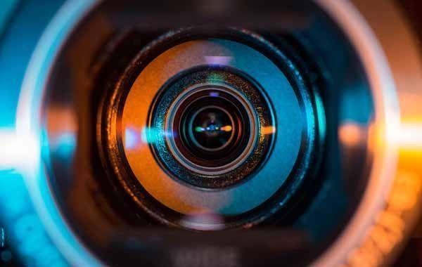 Material audiovisual específico del sector para formación en ITC