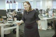 'Emma', la muñeca que muestra las secuelas físicas y de salud del trabajador