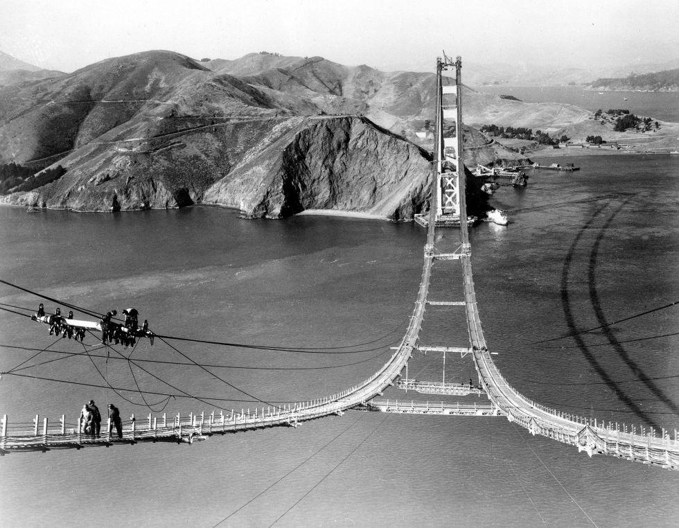 Trabajadores durante la construcción del Puente Golden Gate en 1935