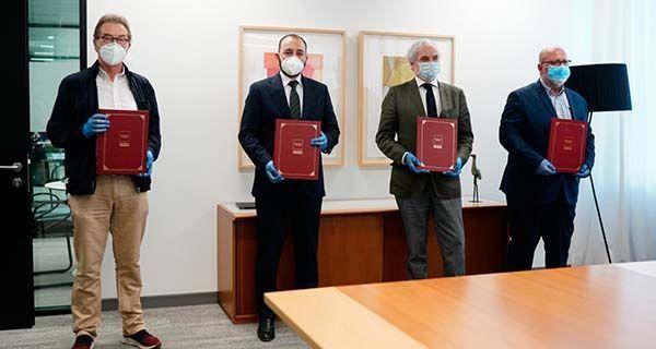 La CAM y los agentes sociales firman un acuerdo sobre la PRL