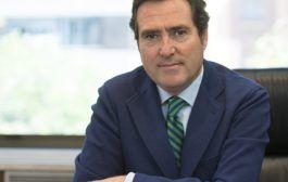 El presidente de la CEOE resalta la calidad de los equipos de protección españoles