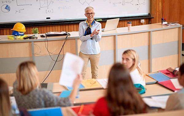 Procesos peligrosos en el ejercicio docente de las Ingenieras en tiempos de Coronavirus