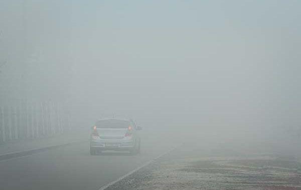 10 claves para conducir con niebla