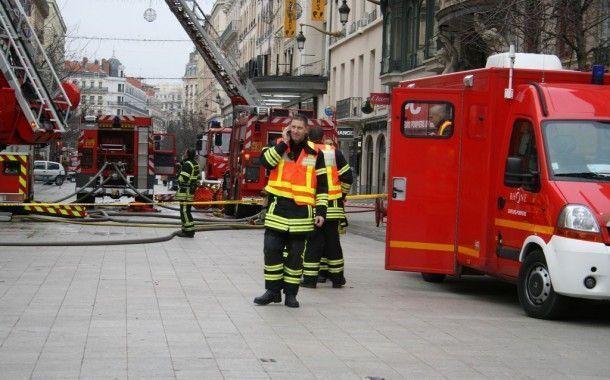 Un 37 por ciento de los bomberos presenta trastornos del sueño